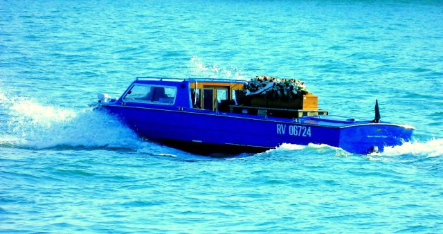 funeral boat Venice