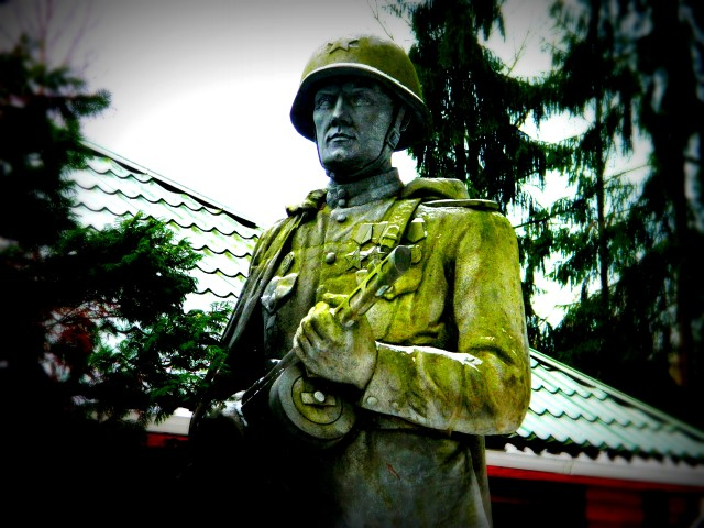 Grutas Park Soviet soldier