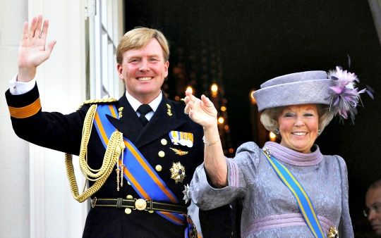 queen_beatrix_and_crown_prince_willem_alexander