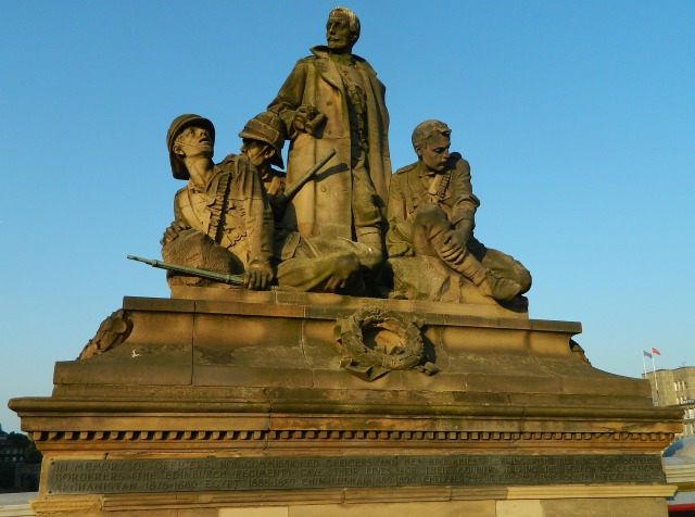 soldiers statue Edinburgh