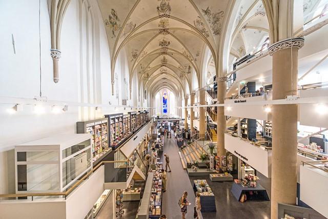 Broerenkerk bookstore