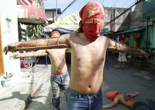 Philippines flagellation Easter 4