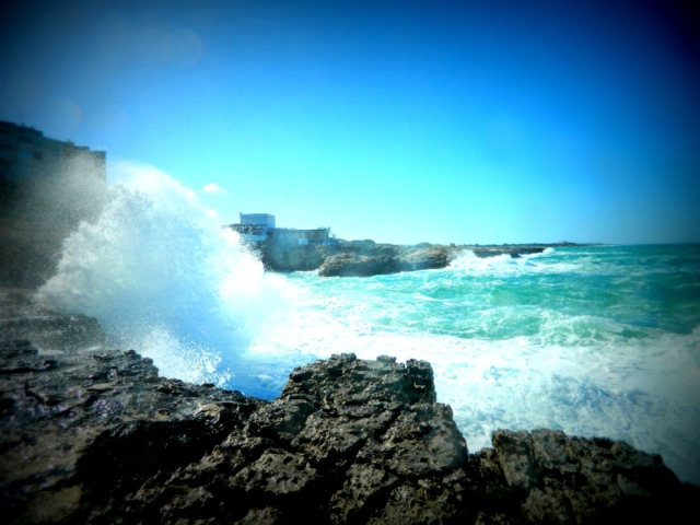 wave splashing Polignano a Mare