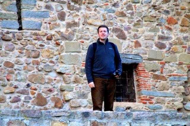 mit Kamera auf Burg