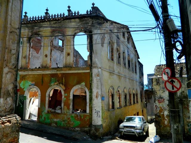 Rua da Poeira ruins