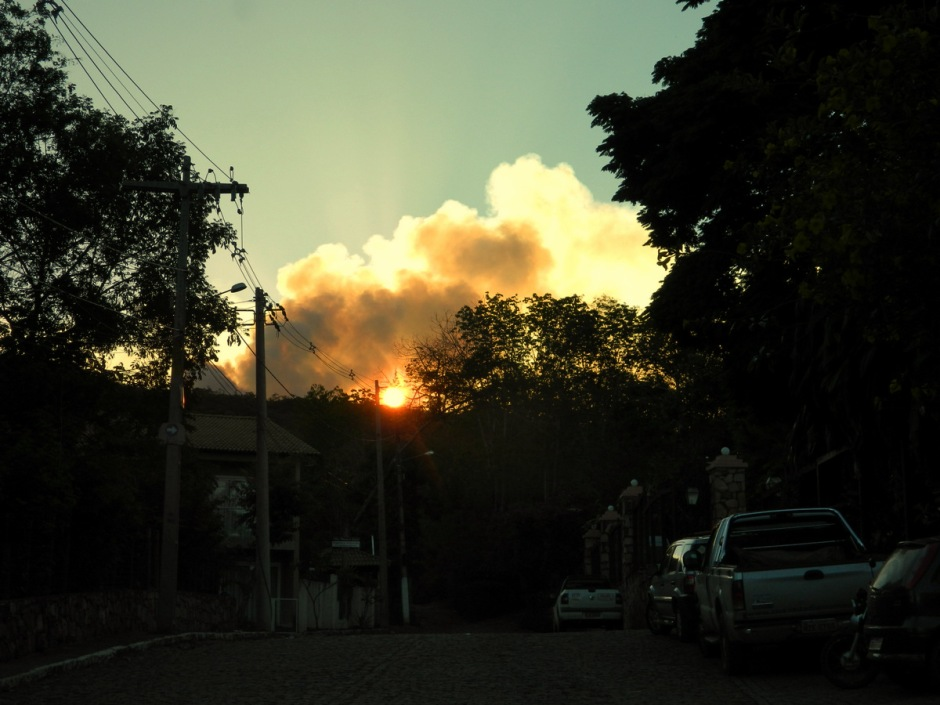 sunset forest fire Lencois 11Dec2015-3
