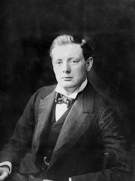 Winston_Churchill_in_1900