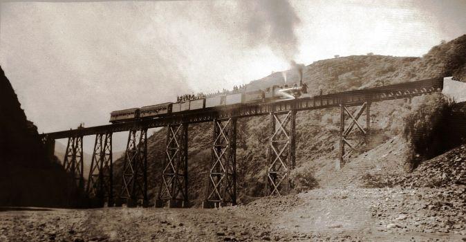 Tren_Sucre_Potosi_1931.JPG