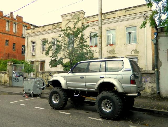 big car.JPG