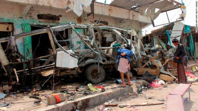 180810082448-ataque-auotbus-yemen-exlarge-169
