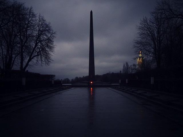 cenotaph dark.JPG